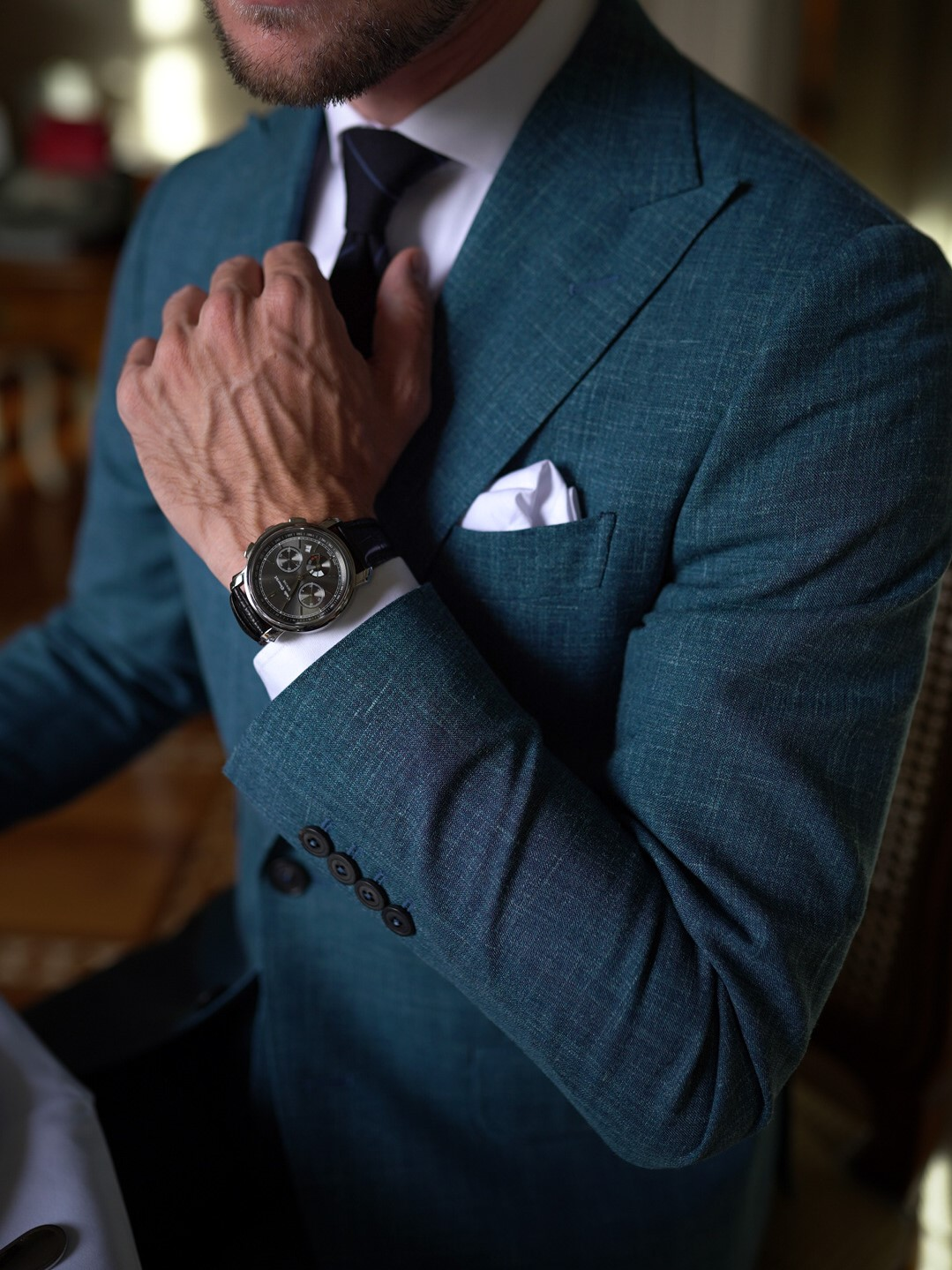 Details on a Dalbiondo's made to measure jacket
